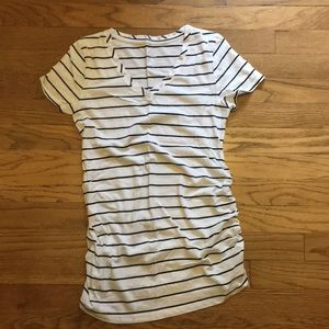 Isabel Maternity tee, sz XS, black and white
